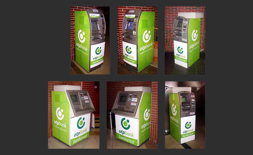 OTP ATM-ek dekorációja a West-End-ben